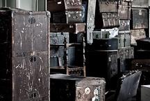 Littles boxes et vieilles valiseS / by Peg Zimbo