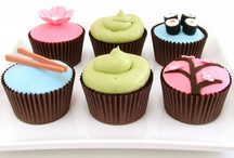 Cupcakes! / All things cupcakes! / by absoluteleigh