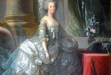 Antigua Reinas, condesas duquesas y damas