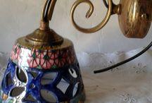 Lume Applique in ceramica.Traforato e dipinto a mano
