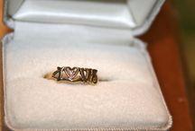 gold jewelry / by Genice Rill