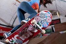 Skateboarding♥