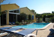 L' OLIVIER Location de vacances  à l'Isle sur la sorgue / Location de vacance pour 4 personnes 3*  Wi-Fi. La  Piscine et jardin privatif vous séduiront aussi.. 746 Rte d' Apt à l'Isle sur la sorgue http://www.locations-de-provence.com