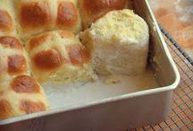 Coconut cream buns
