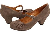 Shoes I like / by Andraea Smith