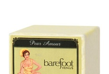 Pear Amour - Vaulted Scent / ♫ When the world seems to shine like you've had too much wine, that's amore! ♫  A feeling of  great affection, pear style with a speckle of cranberry.  You'll be in love.