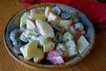 Salads / by Savannah Fritts