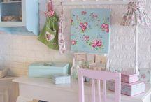 Lola's room / by Beverley Fullen