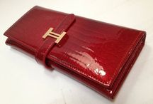 Clothing & Accessories - Wallets