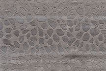 Metallic Area Rugs / Find the best area rugs in your favorite Metallic hues.