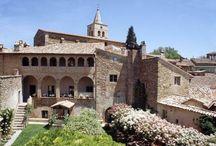 Umbria wedding venues / Beautiful wedding venues in Umbria #gettingmarriedinItaly #Italianwedding #Umbriawedding www.italianstyleweddings.co.uk
