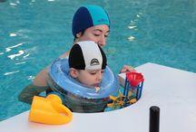 In piscina / La terapia motoria nella piscina messa a disposizione del Nemo dall'ospedale Niguarda