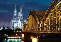 38 Lugares Patrimonio Humanidad UNESCO en Alemania / #38UNESCO #Alemania, además del oficial #WelterbeGermany de la oficina de turismo Viajar a Alemania, serán los #hashtag que utilizaré durante el viaje minube en primavera de 2014 para visitar los 38 lugares Patrimonio de la Humanidad del país.  En su web especializada, en español, puedes ver fotos, videos, panoramas 360º y reportajes sobre cada uno de los lugares, y conocer las 8 rutas que los conectan. http://unesco.germany.travel/es/index.html#2 / by Vagamundos
