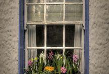Okna a balkóny