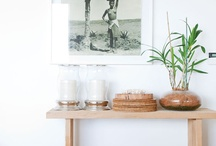 console style. / Console and hall tables, and chic ways to style them.