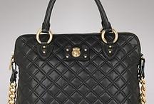 loves handbags/ purses / by Renee Green