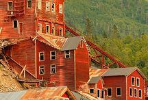 Kennicot Glacier Lodge area
