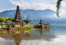 Circuit [ Bali éternel et Kawah Ijen ] / Partez à la découverte des sites essentiels de Bali entre temples sacrés, villages et rizières tout en partageant les us et coutumes des Balinais pendant d'authentiques rencontres.