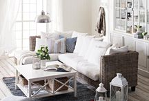Decorating/themes / by Alison Roby
