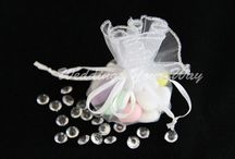 Organza Bags / Organza bags to hold your favours for weddings, birthdays, or any celebration