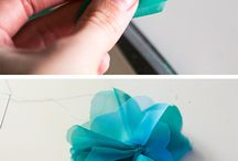 Hair bows / by Elizabeth Spinsby