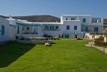 Villa Ammos #Paros #Greece #Island / Villa Ammos is located on the beautiful island of Paros , one of the most cosmopolitan islands of the Aegean Sea , just a few minutes from the tourist village of Naoussa. http://www.mygreek-villa.com/fr/rent-villa-search-2/villa-ammos