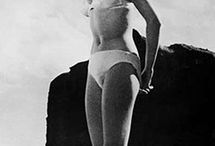 Iconic Swimsuits / These are the 22 most Iconic swimsuits of all time.