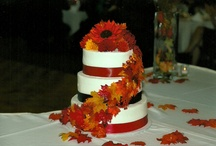 wedding cakes / by Jane Wollenweber