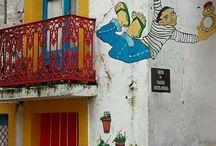 Casas e ruas típicas de Portugal