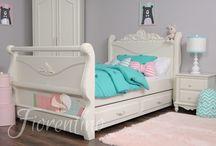 Fiorentino białe łóżko dla dziewczynki.