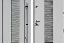 Drzwi wejściowe białe