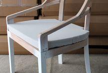 ahşap sandalye / Ahşap sandalye sandalye yüzyıllardır süregelen insan anotomisinin gereksinimleri sonucu üretilen ve son yüz yılda neredeyse her gün değişime uğrayan tasarım ve amaca uygunluğu geliştirilerek üretimine devam ettirilen bir yardımcı eşyadır.