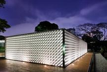 Arquitectura Habitacional / Tablero que muestra proyectos ajenos a Mo.A, que sirven para expresar nuestras preferencias arquitectónicas