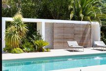 Pool & Trädgård