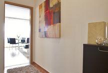 Home Staging - byt 1+kk, PRAHA / Představujeme Vám fotografie bytu 1+kk, ve které jsme realizovali službu Home Staging. Nemovitost byla prodána ve velmi kráté době a za požadovanou cenu
