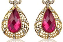 Exclusive Offers / Flat 20% off at Zaveri Pearls Use Voucher Code: ZAVERI20