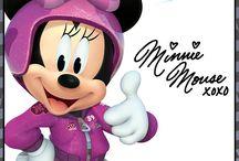 Minnie sobre ruedas