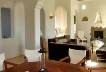 Villa Kleio #Mykonos #Greece #Island / Just above the famous Super Paradise Beach in Mykonos , is the Super Paradise Villas gated complex consisting of three villas. http://www.mygreek-villa.com/fr/rent-villa-search-2/villa-kleio-mykonos-gr%C3%A8ce
