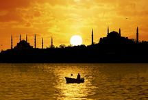 Turquía / En nuestros viajes a Turquía podrás conocer Estambul, Capadocia, las ruinas grecorromanas de Asia Menor y otros increíbles lugares como Pamukkale.