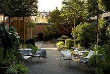 Gardes, jardins, сады