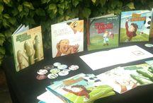 FERIAS DEL LIBRO / Siempre que podemos acudimos con nuestros #LibrosPersonalizados de www.librosunicos.com a Ferias del Libro para mostrar cómo son nuestros cuentos.