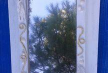 specchio con materiale di riciclo