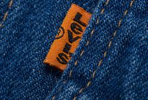 Levi's orange/Red tab