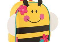 Sevimli Anaokulu Çantaları / Stephen Joseph anaokulu çantaları çocukların severek kullandıkları, okula gitmeyi keyif haline getirecek arkadaş çantalardır.