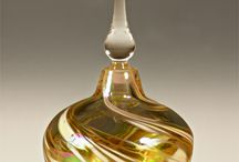 ART GLASS PERFUME BOTTLE B.E et A.D