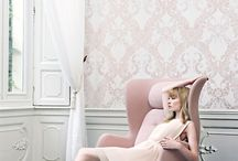 Pastel Wallpapers | Walls Republic / The perfect Pinterest collection of pale pastel wallpapers. This soft and dusty colored wallpaper trend is the perfect choice for mellow and harmonious bedrooms. From blushing pinks, to lavish lavenders, find your pastel wallpaper inspiration here!