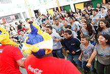 Premiação Tour da Taça / As 5 escolas que mais levaram alunos para o Tour da Taça foram premiadas com 15 bolas de diversas modalidades . Além  dessa premiação para as escolas, os professores ganharam um par de ingressos pra assistir  um jogo da copa do mundo.