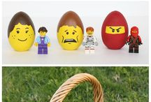 Kids : Playing with Lego