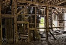 Farms, Barns and Outbuildings / Nikon Jeb, Photographer