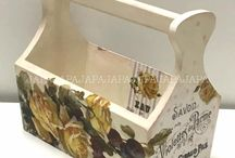 Japan Art Paper Association / This section is dedicated to Japan Art Paper Association creations. These objects were created by Zakkaya - Maeda and their students with Decoupage Paper Calambour